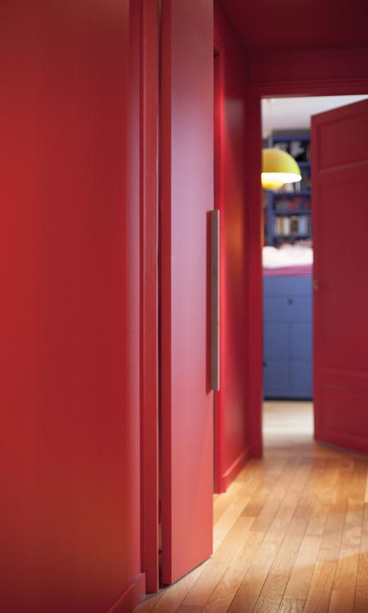 Couloirs Rouge Chambre d'enfant Peinture Rouge Appartement Créatrice Chez Bogato Anaïs Olmer