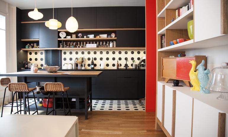 Cuisine ouverte Carreaux à pois Appartement Créatrice Chez Bogato Anaïs Olmer