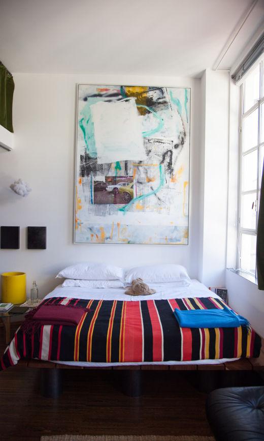 Chambre Vintage Linge de lit Architecte Designer Tommaso Fantoni Appartement Milan