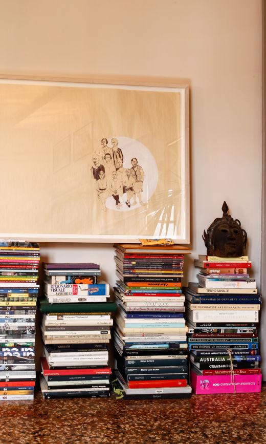 Livres Décoration Accumulation Appartement Milan Giovanni Cagnato
