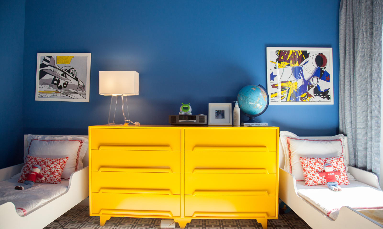 inspiration the pop art children 39 s bedroom. Black Bedroom Furniture Sets. Home Design Ideas