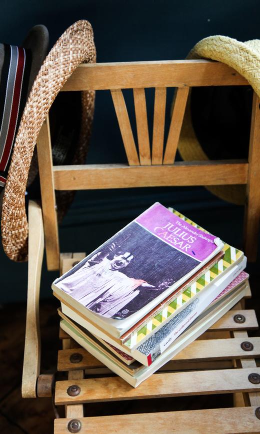 Chloé Makintosh - Made.com-27Chloé Makintosh - Made.com-27