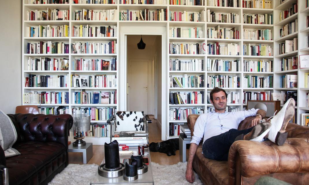 augustin trapenard the socialite family. Black Bedroom Furniture Sets. Home Design Ideas