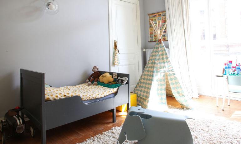 Chambre enfant Tipi Lit simple Appartement Bruxelles Aurélie Coene Thomas Van Den Driessche