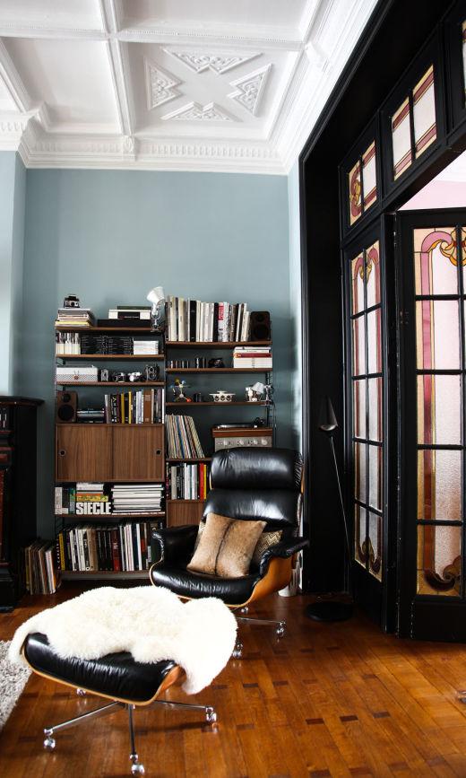 Salon Bleu Livres Bibliothèques Appartement Bruxlles Aurélie Coene Thomas Van Den Driessche