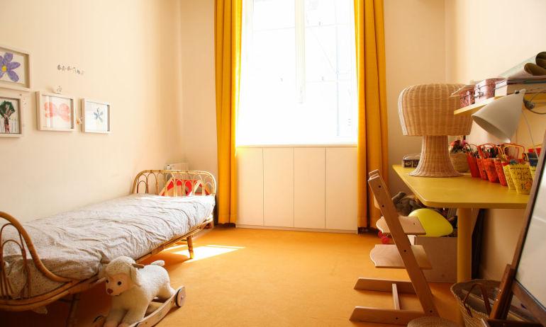 Chambre d'enfant Colorée aune Appartement Fanny Millet et David Paris