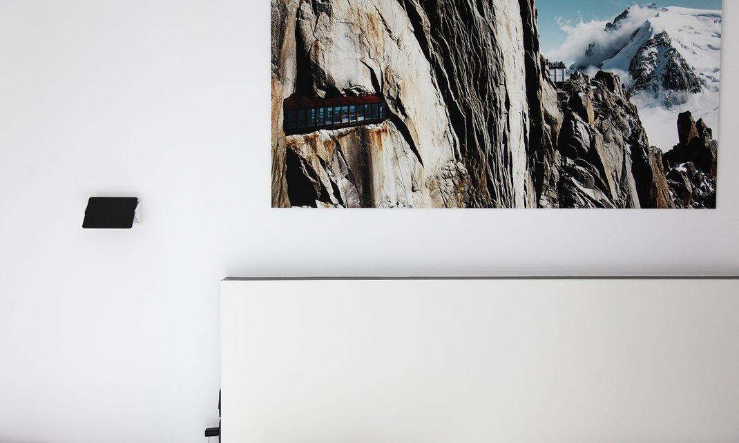 excellent tte de lit appartement alexia aubert matthieu albertini paris with lit nicolas maison. Black Bedroom Furniture Sets. Home Design Ideas