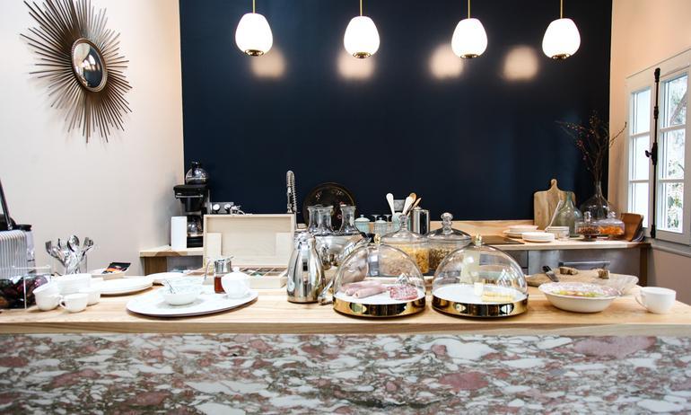 Hotel Henriette Kitchen