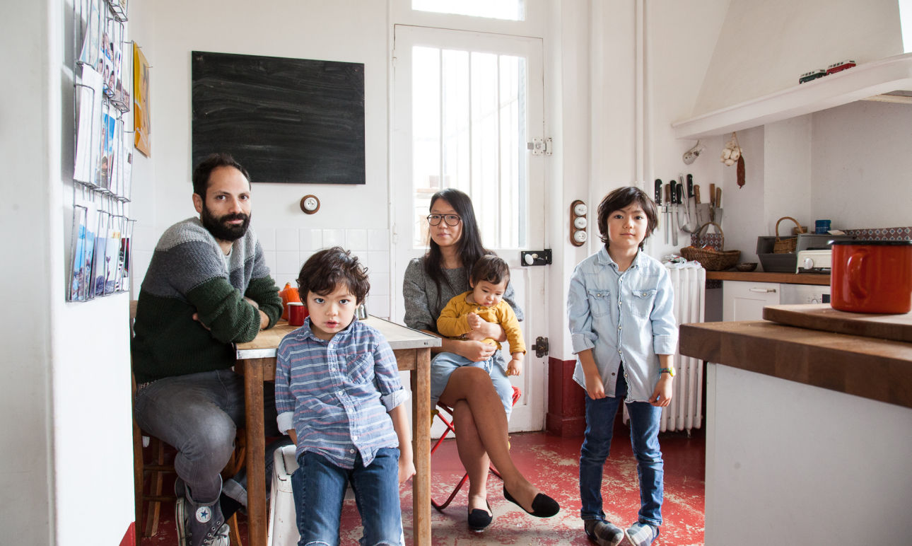 Guillaume Granet and Aline, <br> Gaspard 6, Aristide 5 and Augustin 1 year old