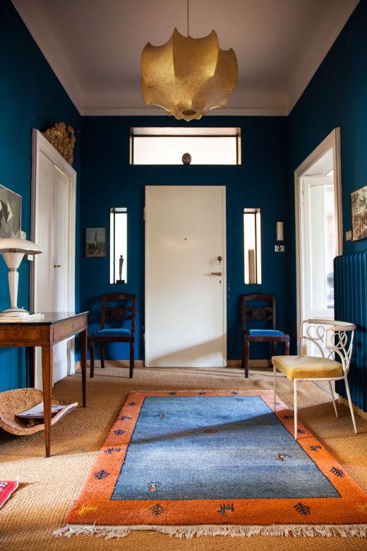 entrée murs bleus stefano