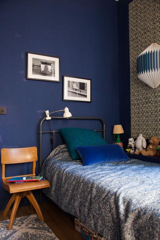 chambre anne sophie pailleret lit enfant mur bleu