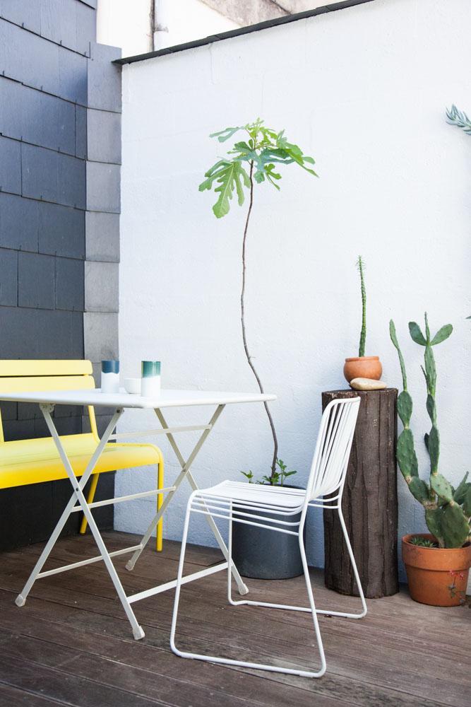 Une terrasse contrastée chez Caroline Gomez