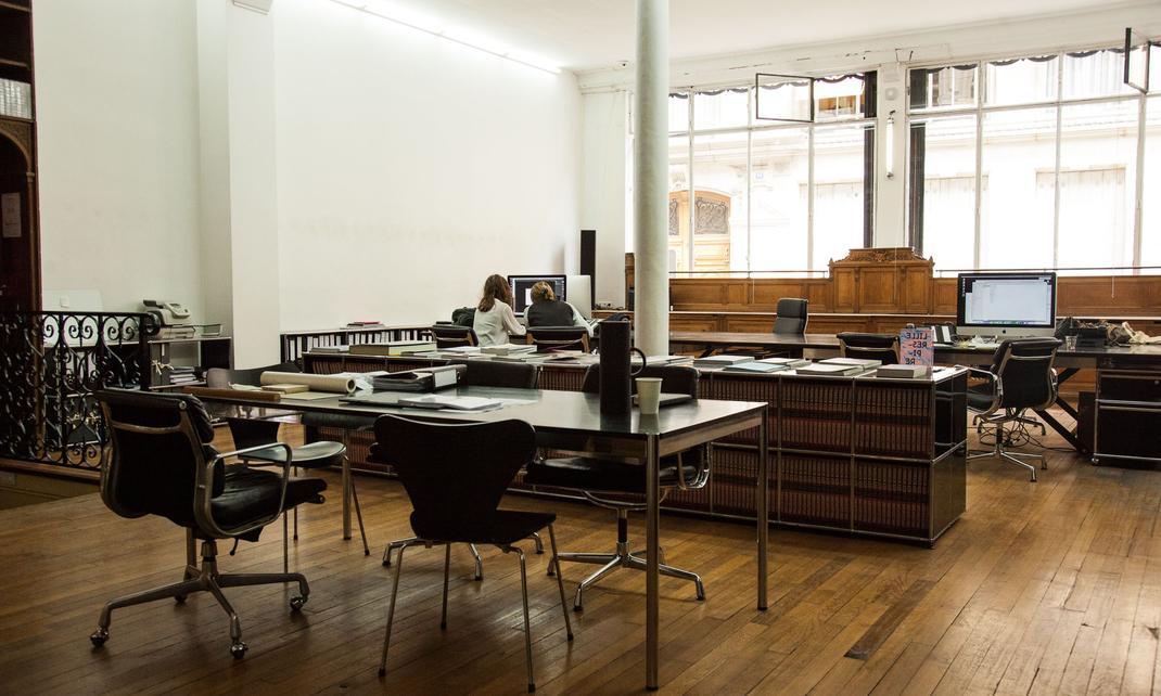 franklin azzi l39insatiable journals paris and bureaus t. Black Bedroom Furniture Sets. Home Design Ideas