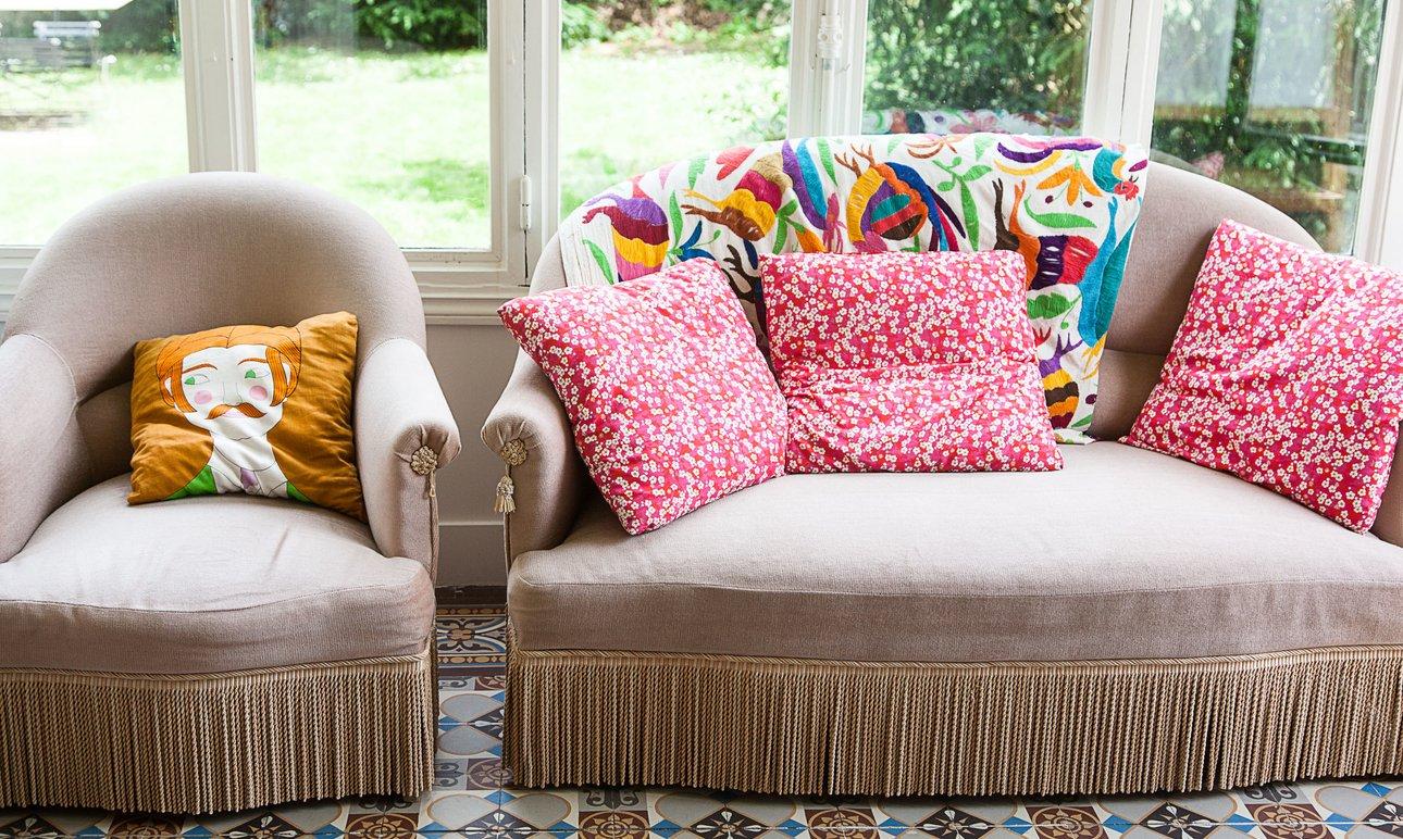 salon collection la redoute royal roulotte canape fauteuil crapaud coussins motifs