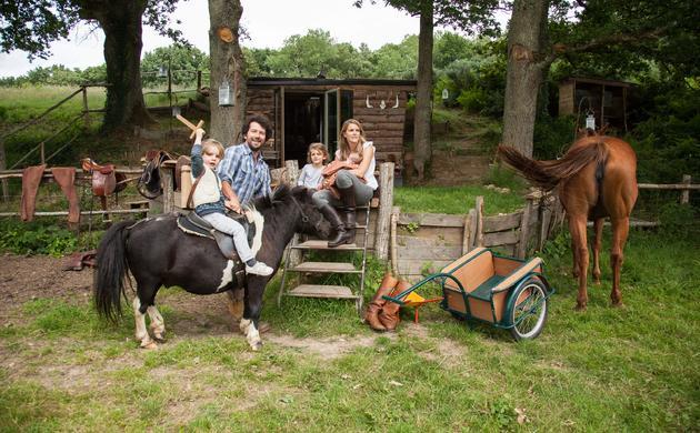 Arnaud Doin et Sarah de Vilmorin,<br>Cosima 5 ans, Edgar 3 ans, Rosalie 2 mois