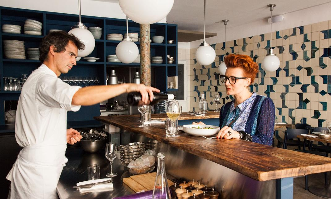 Salle restaurant service franck baranger emilie bonaventure belle maison paris