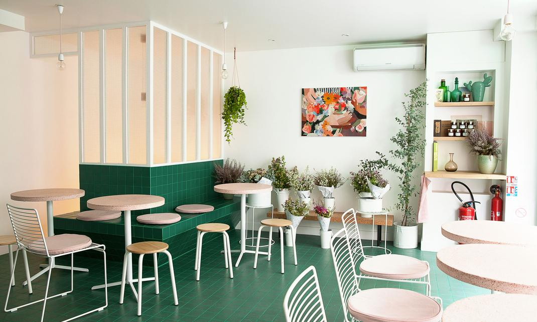 Peonies Paris, Flower and Coffee Shop - The Socialite Family