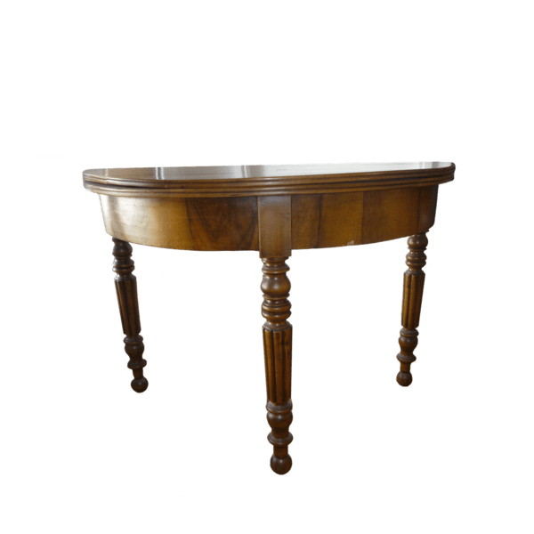 table ronde pliante ancienne the socialite family. Black Bedroom Furniture Sets. Home Design Ideas