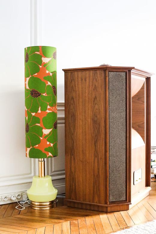 Lampe 50's Armoire Bois Appartement Déco Alexandra Senes