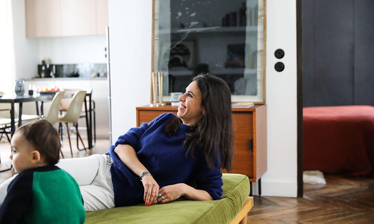Portrait Stéphanie Lizée Appartement Salon Famille