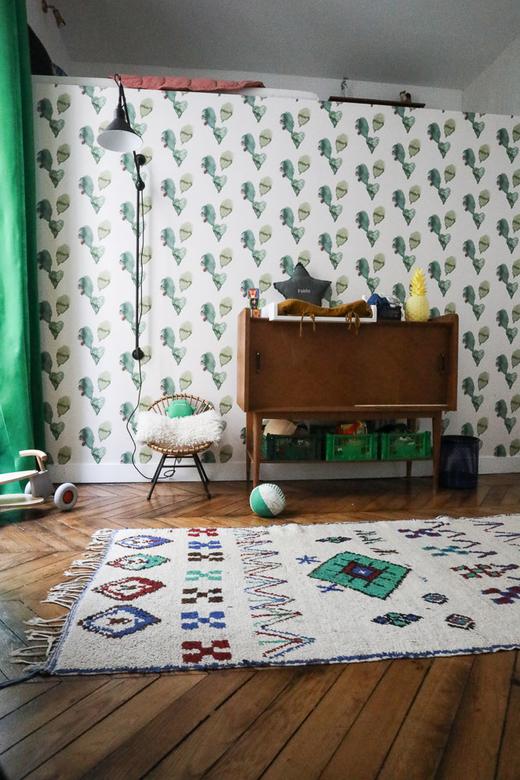 Chambre Enfant Papier peint Commode Bois Fauteuil Rotin Appartement Stéphanie Lizée