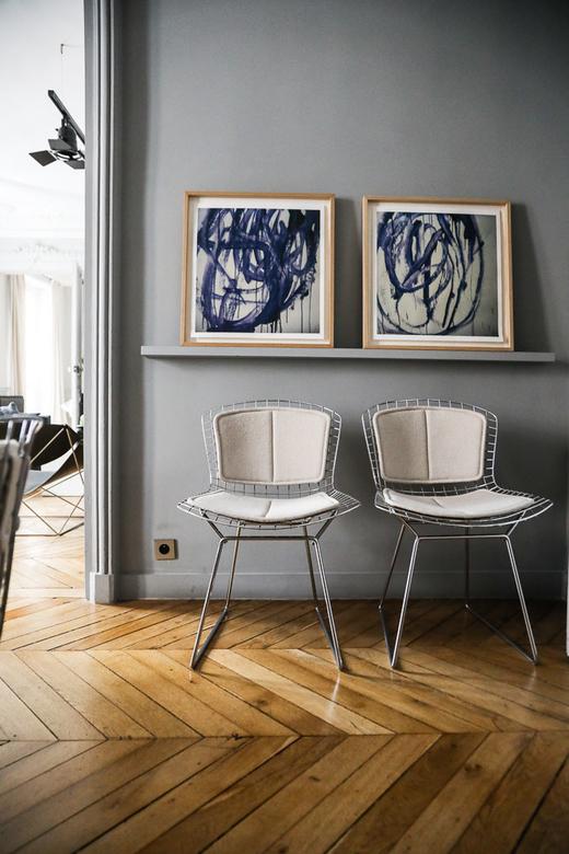 Chaises Harry Bertoia Salon Appartement Paris Marianne Fersing