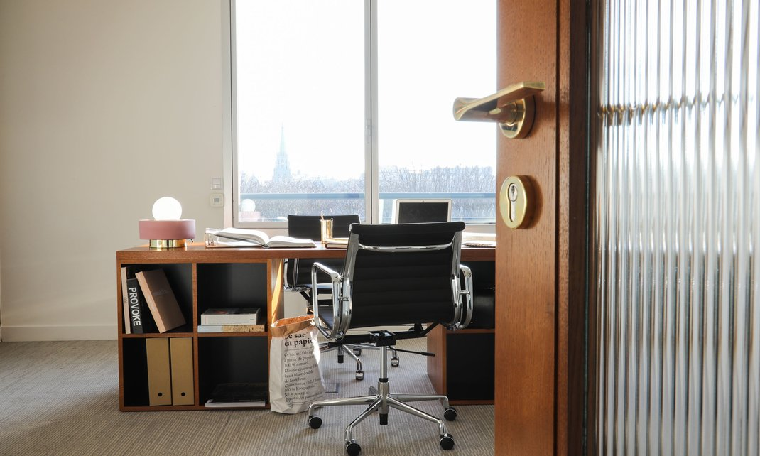 decoration bureau style anglais great bureau secrtaire blanc de style anglais with decoration. Black Bedroom Furniture Sets. Home Design Ideas