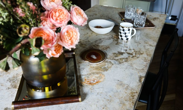 10 Dining Room Tables