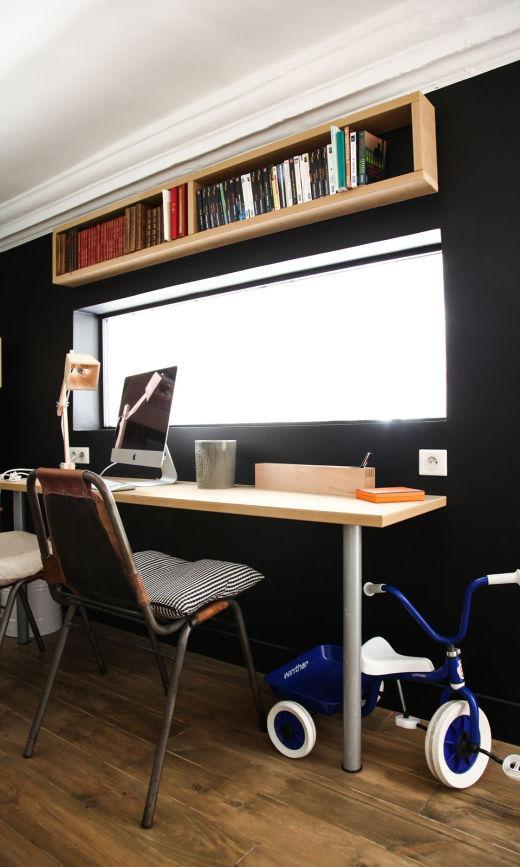 Bureau peint en noir Appartement Montpellier Nelly Patron
