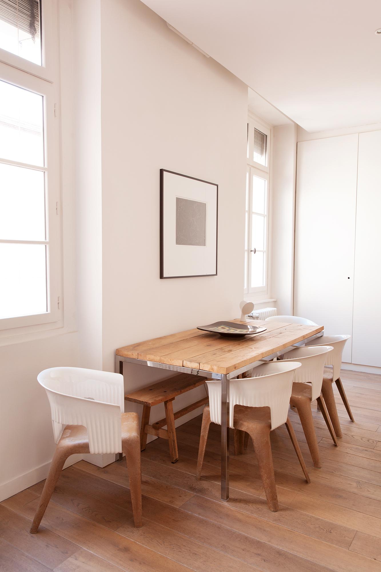 Table – Gerard Puvis