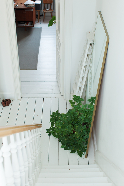 Escaliers Parquet blanc Appartement Marina Bautier Designer Bruxelles