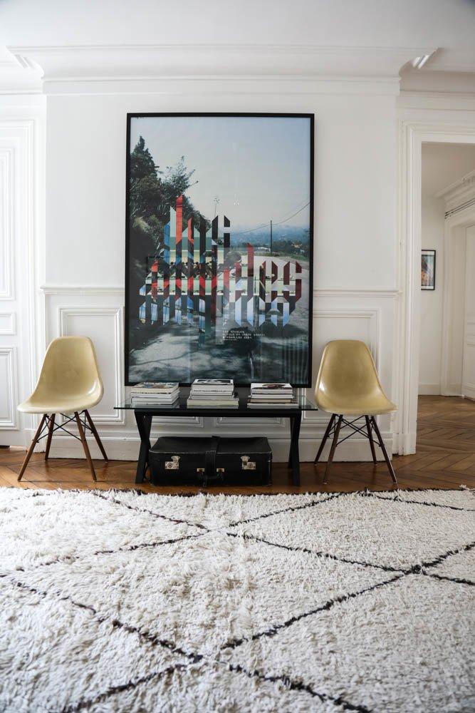 Entrée Salon Claire Thomson Jonville Rédactrice en chef Self Service magazine Paris