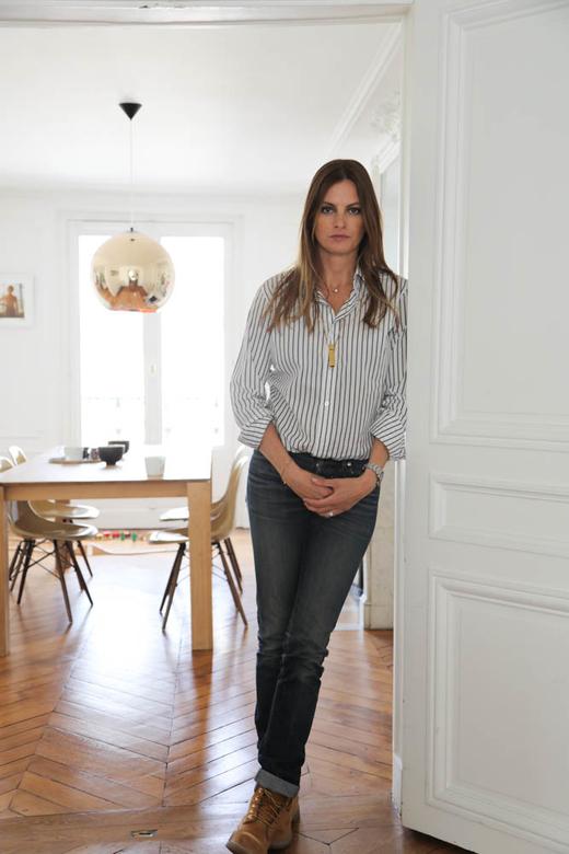 Portrait Claire Thomson Jonville Rédactrice en chef Self Service magazine Paris
