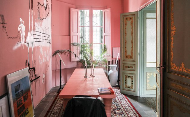Cracking the Code: Constance Gennari's<br> Use of Colour in the Home