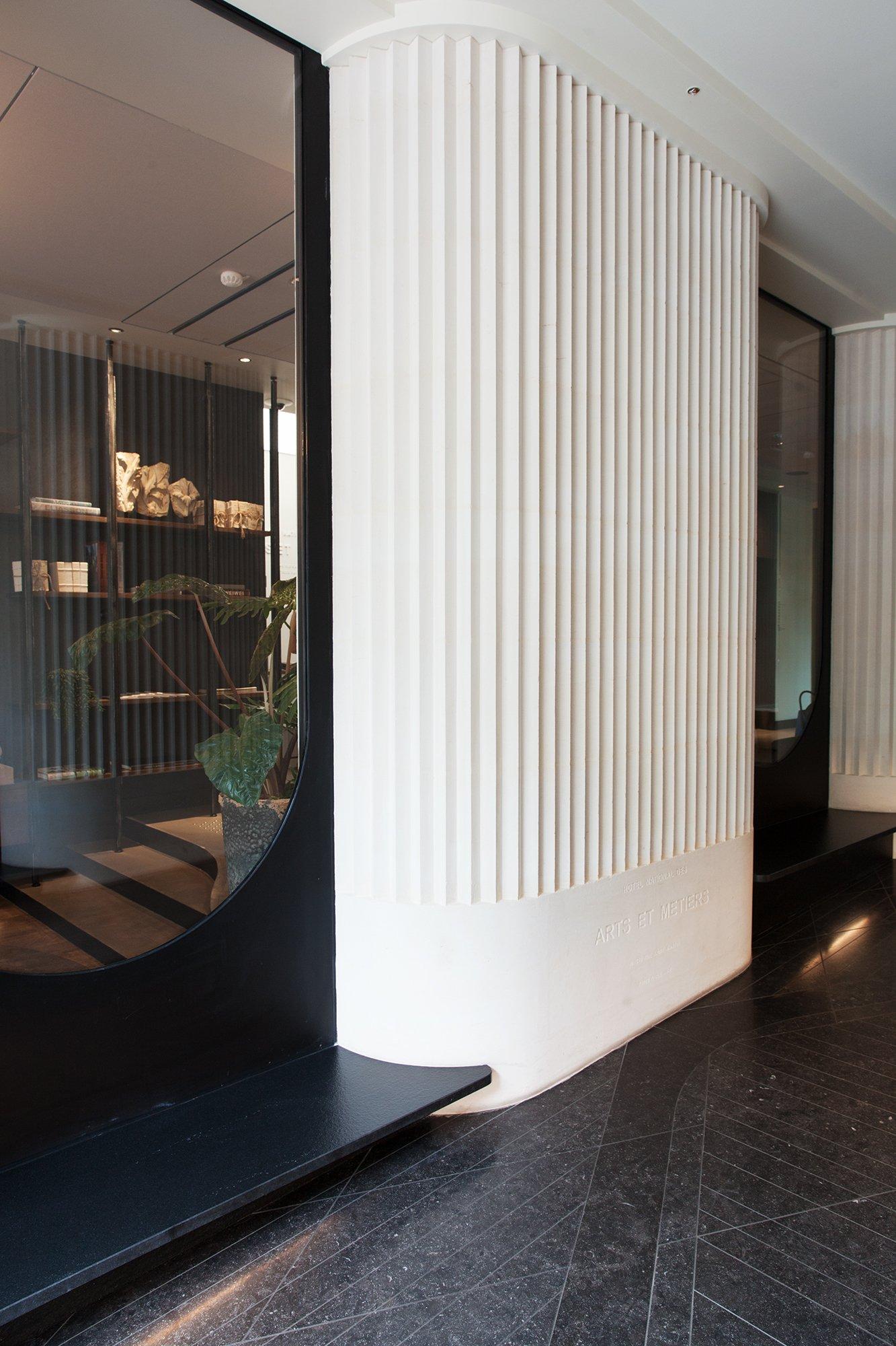 L 39 h tel national des arts et m tiers timeless art of for Hotel design 75003