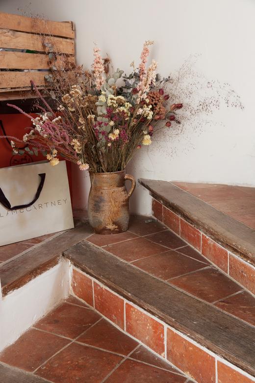 Entrée Escalier Atelier Jeanne Paris Maison de campagne