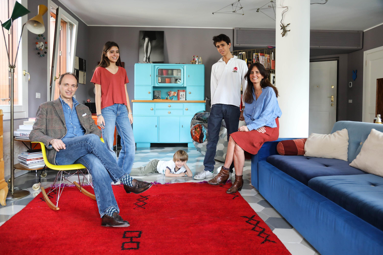 Sibilla Milani and Luca, Dino 6, Nina 15, Léo 17 years old - The ...