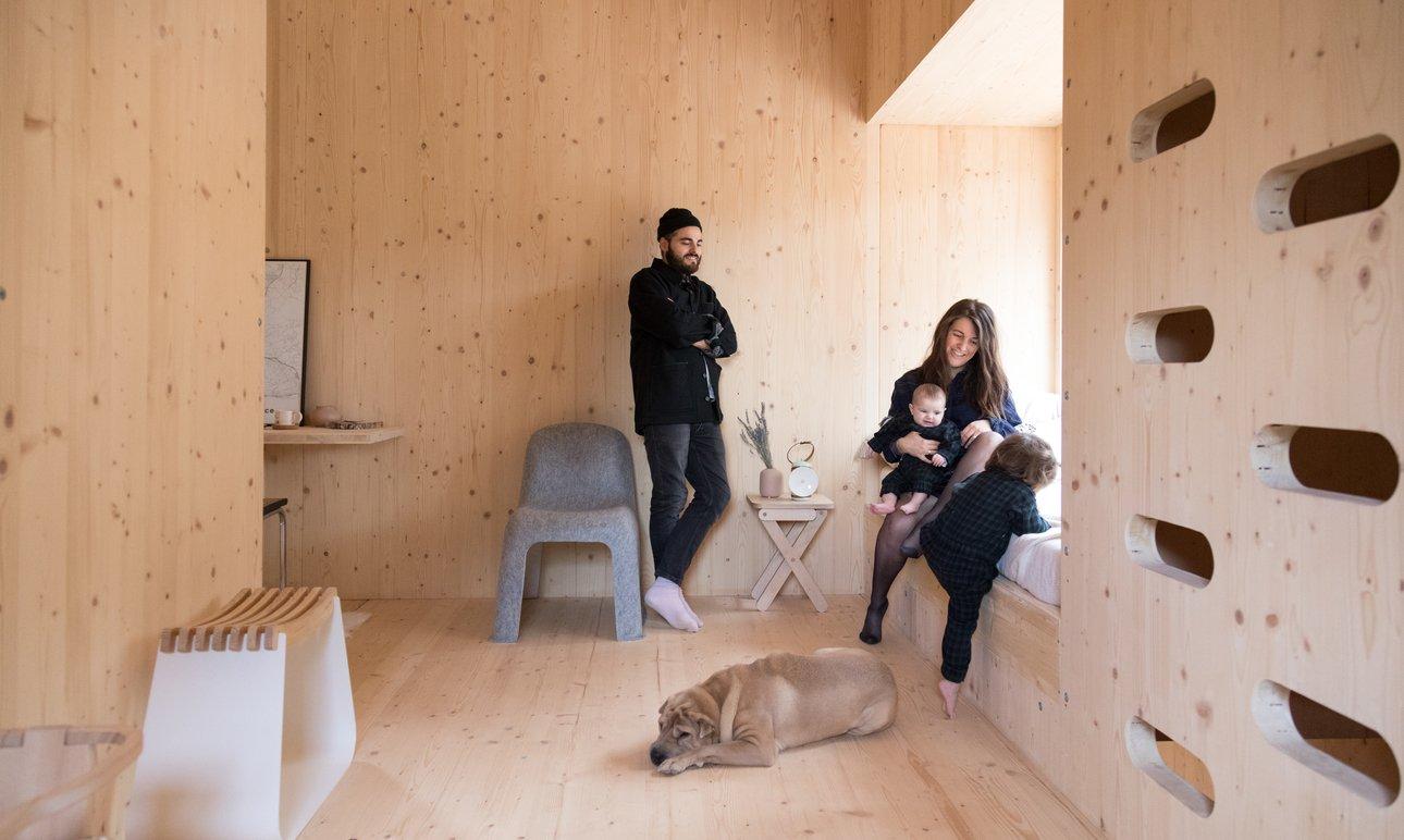 Alexandre Reignier et Aude, <br> Daphné 2 ans, Noée 3 mois