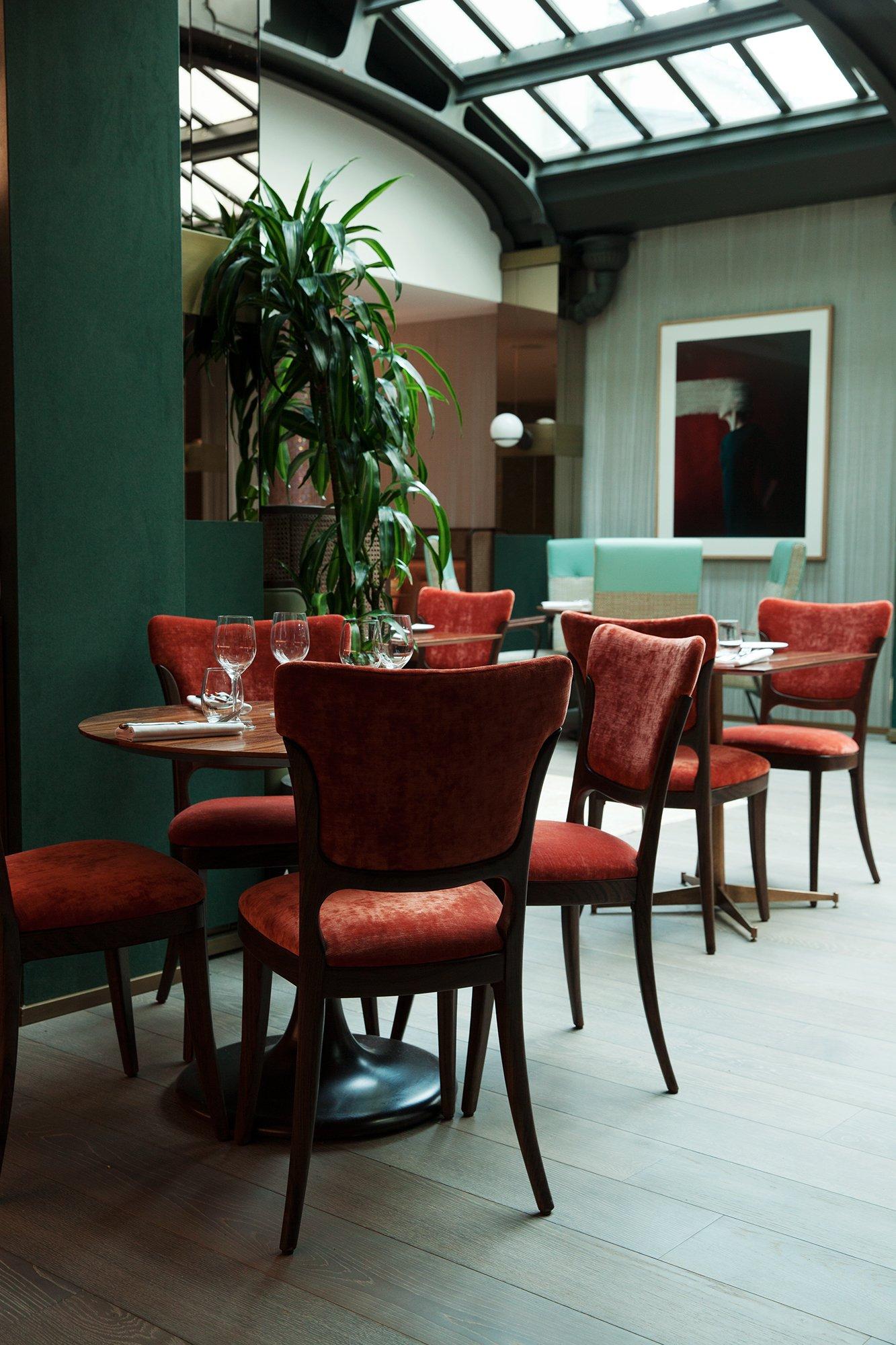 maison br guet le luxe de se sentir chez soi the. Black Bedroom Furniture Sets. Home Design Ideas