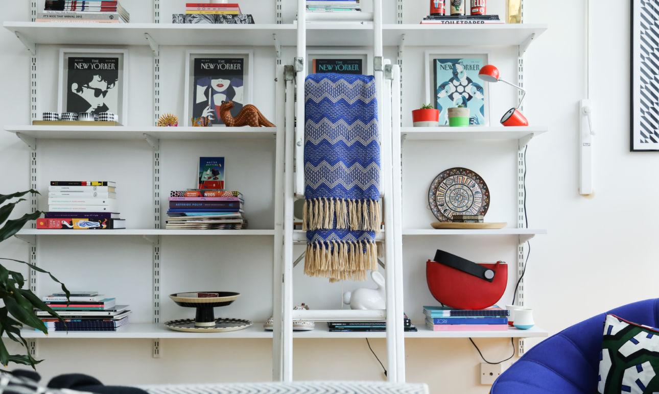 Salon Bibliothèque Appartement Loft Londres Malika Favre