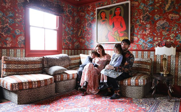 Frieda Gormley et Javvy M Royle, <br> Javi 8, Lila 5 ans