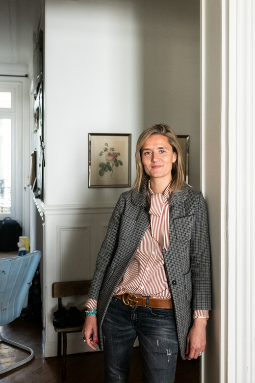 Constance Au Pays de Bambi Instagram Portrait Appartement Paris