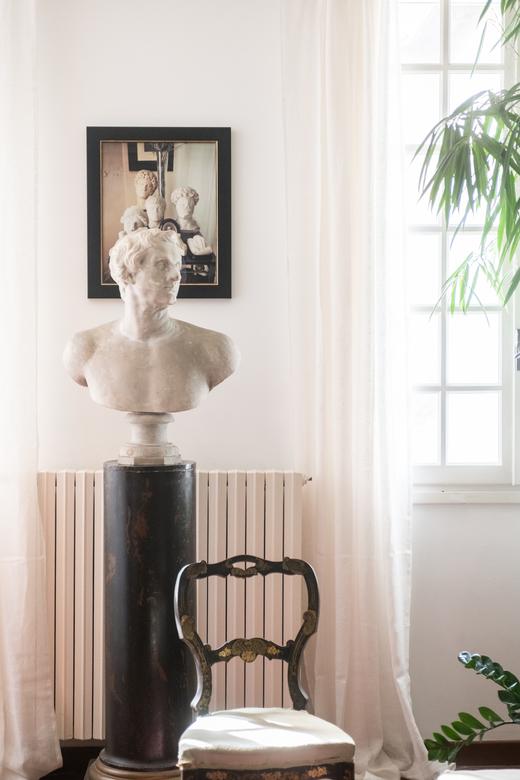 Galeriste Marchande des 4 saisons Anne Carpentier Salon Maison hôtes Vaste Horizon Arles