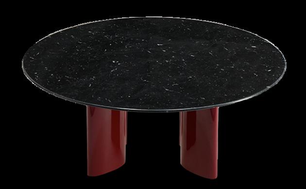 Table basse Carlotta pieds laqués rouge et marbre noir