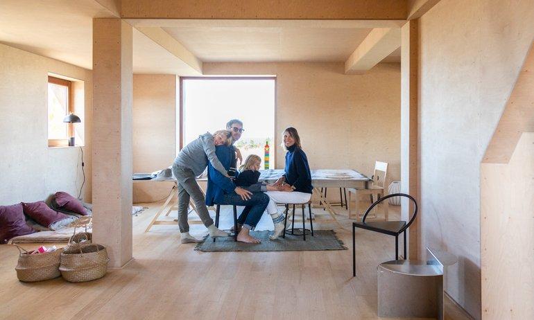 Julien Labrousse et Elsa Kikoïne, <br> Lucio 10 ans, Gabriela 3 ans