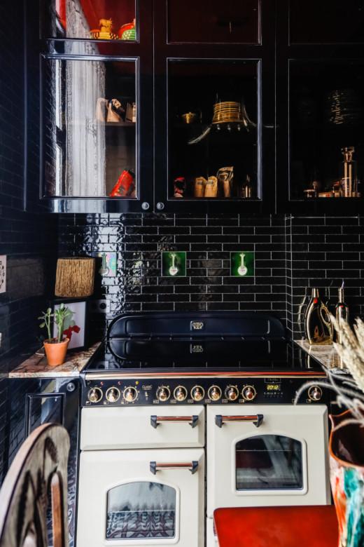 Corrado de Biase Appartement Paris Cuisine carreaux noirs