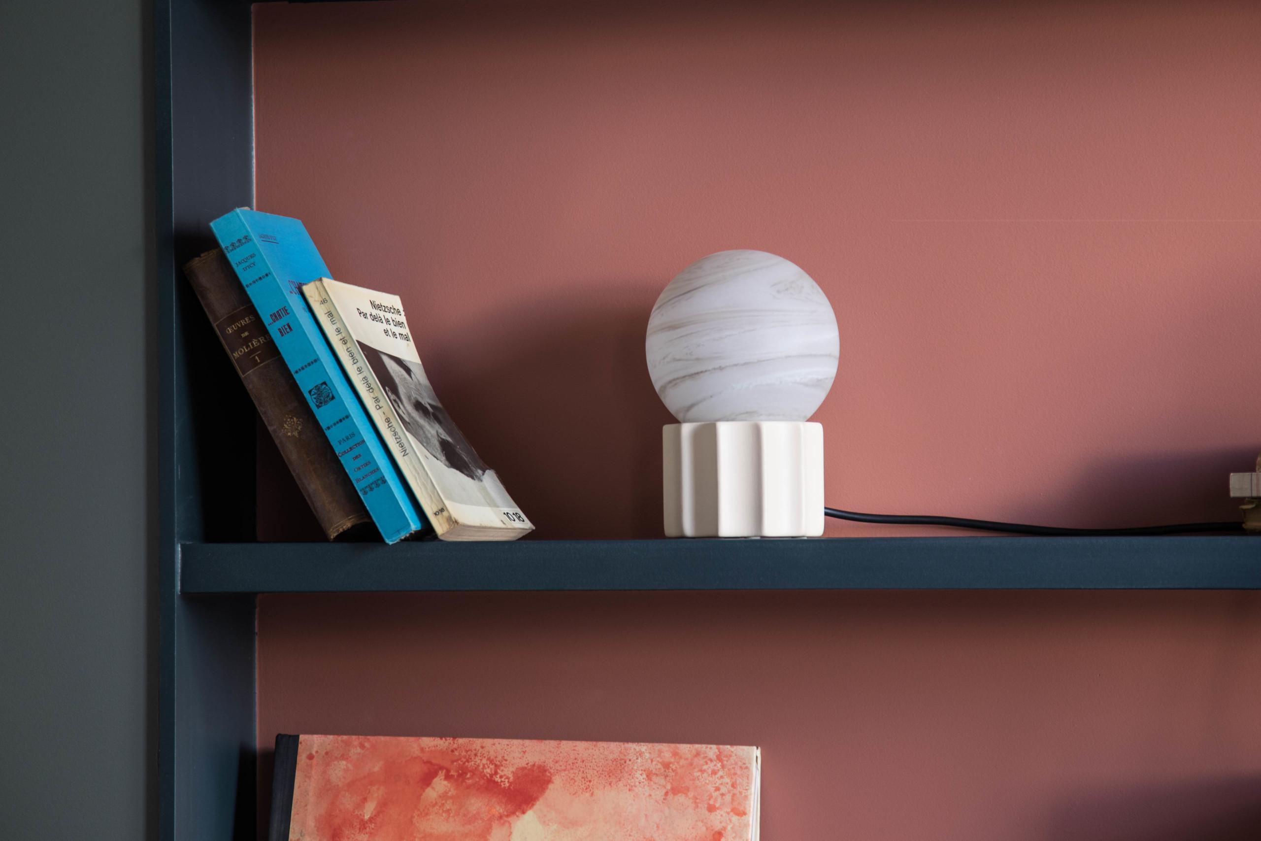 Lampe à poser Piccola, l'artisanat <br>au service d'un style unique