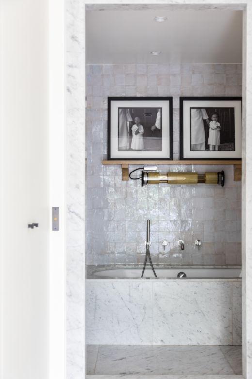 Salle de bain Appartement Parisien Cofondatrice Hauvette & Madani Samantha Hauvette