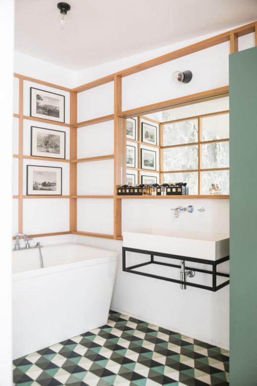 Salle de bain Paris Jérémie et Alexia du Chaffaut Créateur Midi Éditions